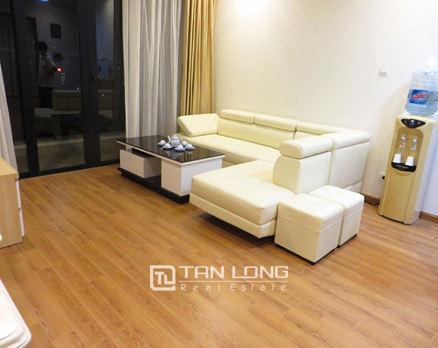 1,100$ - 3 bedroom / 2 bathroom fully furnished apartment for rent in R6, Royal City, Ha noi with lovely balcony