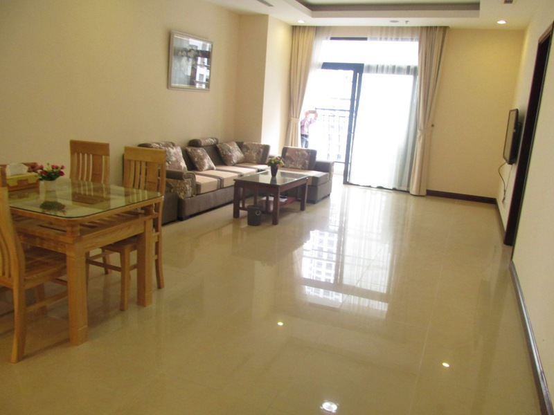 2 Bed / 2 Bath Apartment for rent in R4, Royal City with natural well-lit, $900