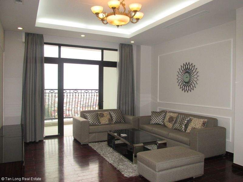 Modern 2 bedroom apartment for rent in Royal City, Thanh Xuan, Hanoi