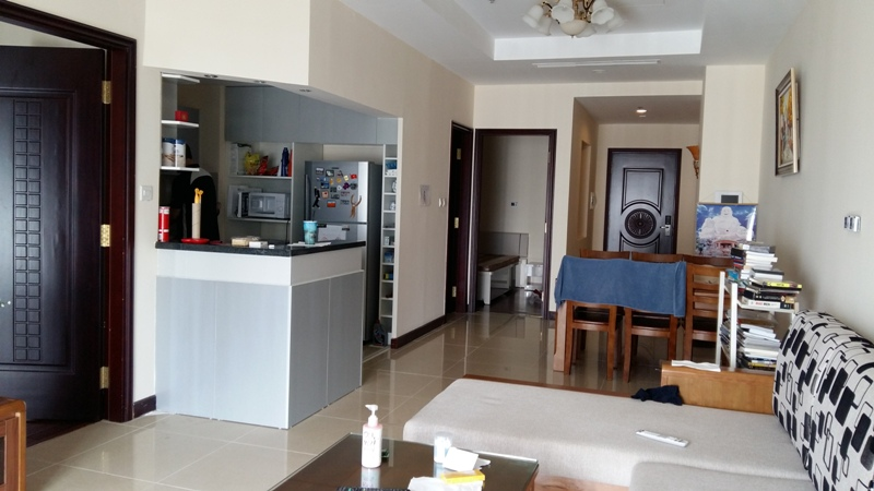 $900 - 2 Bed / 2 Bath apartment in R5, Royal City, Ha noi with great view of the city and central park.