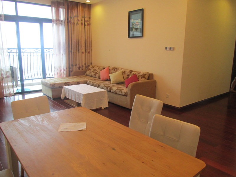 Stunning fully furnished apartment for rent in Royal City, Thanh Xuan district