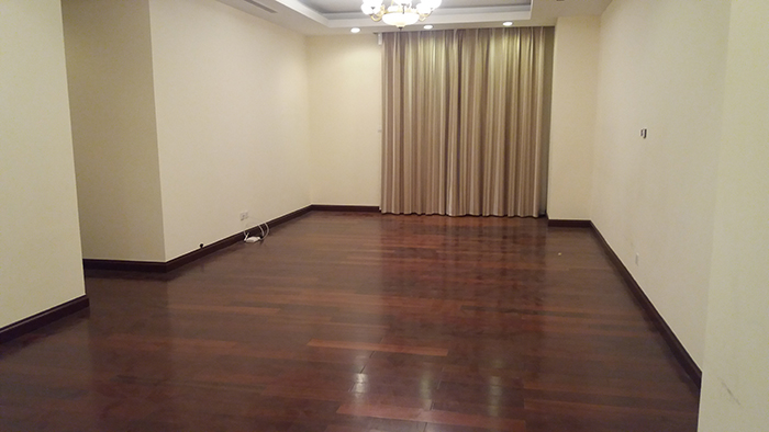 Unfurnished apartment for rent in Royal CIty - 3Bed / 2 Bath on high floor