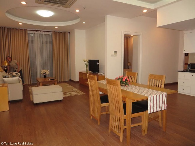 3 bedroom apartments for rent in vinhoms royal city